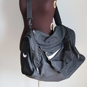 NIKE Brasilia Training Duffel Bag Medium Black